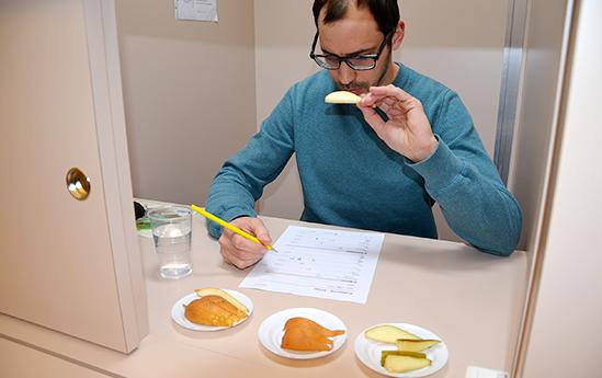 2 phương pháp phân nhóm trong         bình chọn cảm quan thực phẩm - Science Vietnam