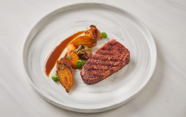 Alt-Steak - miếng bít tết chay giống như thịt thật được in 3D đầu tiên trên thế giới